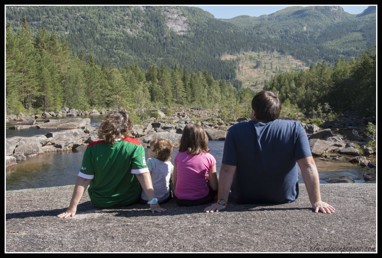 La familia al completo en Noruega
