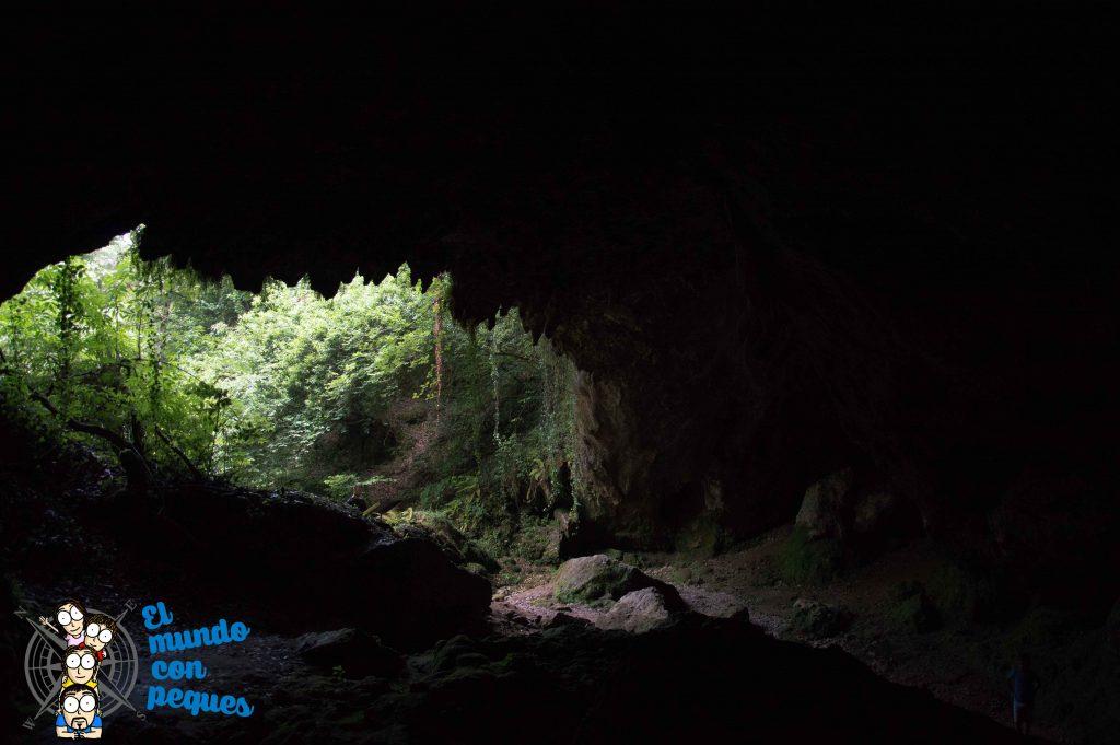 Cueva del Valle, imagen desde el interior